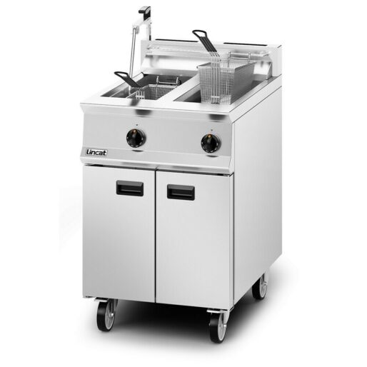 Lincat Opus 800 Natural Gas Free-standing Twin Tank Fryer with Pumped Filtration - 2 Baskets - W 600 mm - 32.0 kW